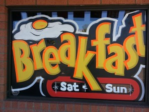 01-restaurant-window-sign-painting-windowpainting.com
